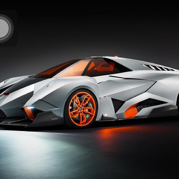 Lamborghini Egoista фото.